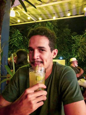 Pub crawl em Manaus.jpg