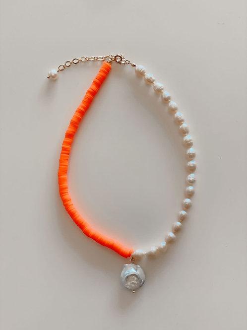 Collar Geral Perlas de rio, barroca y fimo