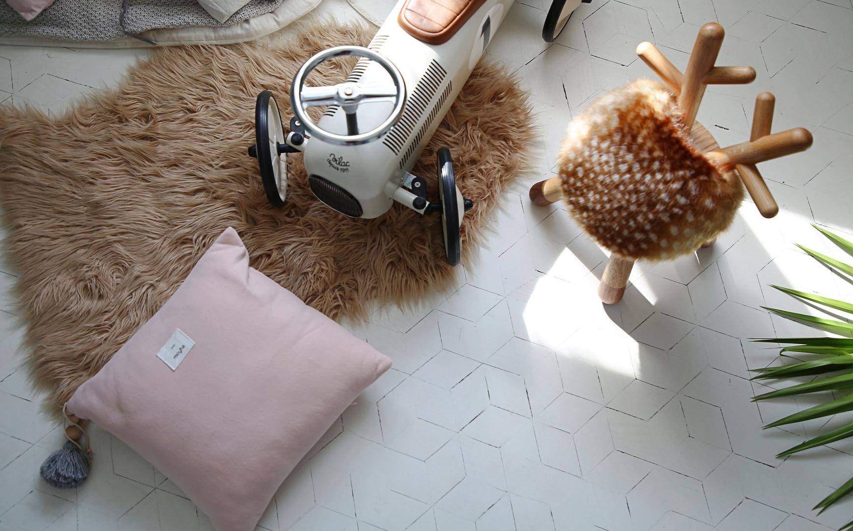 EO_bambi-chair-mood.jpg