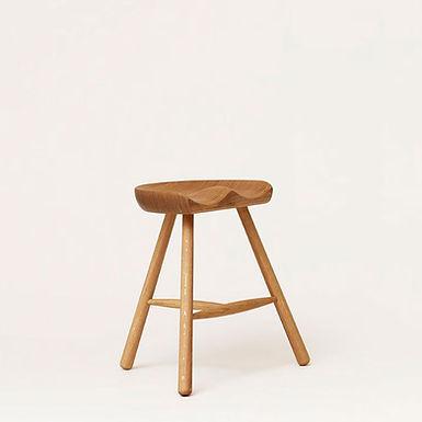 Form & Refine, Hocker