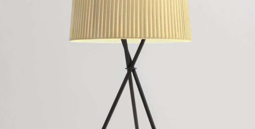 Santa & Cole, Tripode table lamp