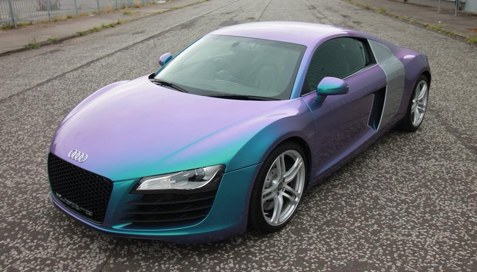 Colour flip R8 wrap