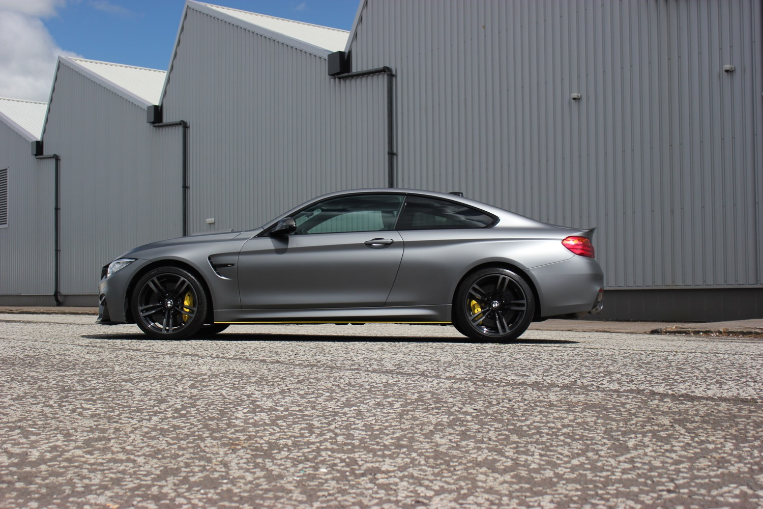 m4 wrapped grey