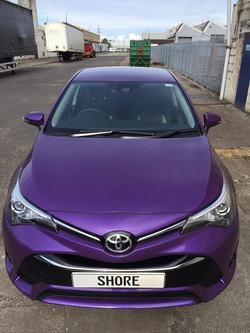 Toyota Avensis Purple wrap front