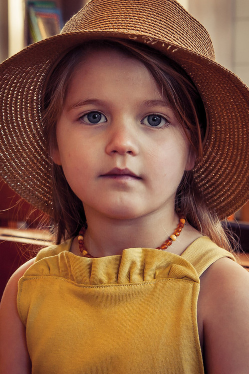 Girl with a sunhat