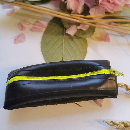 Porte monnaie jaune fluo