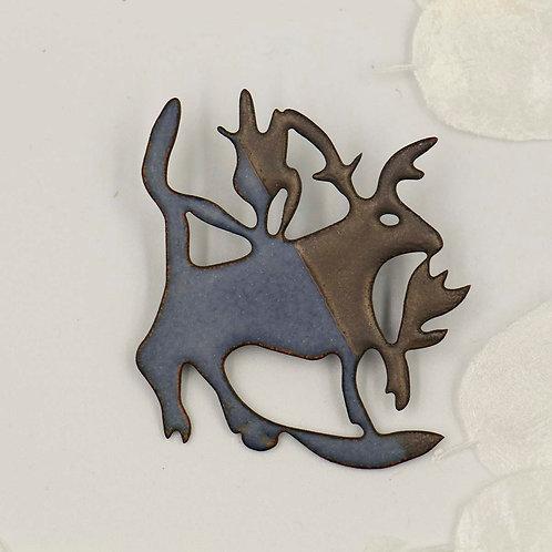 Broche cerf bleu /platine mat
