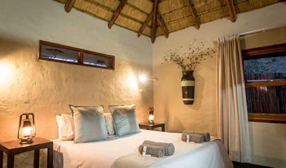 2-bundox-accommodation-bed-room.jpg
