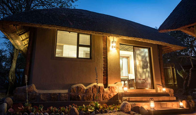 1-bundox-accommodation-Rhino Chalet.jpg
