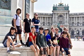Pausing for a pic before Hofburg Pal