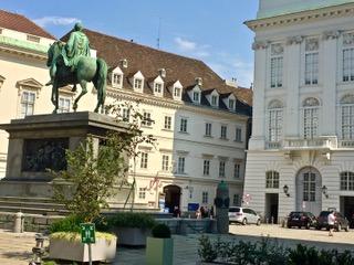 Josef's-Platz.  Imperial Court Libra