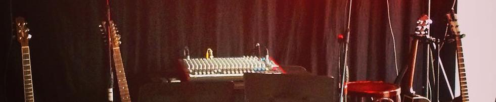 Steinovnen Live scene.jpg