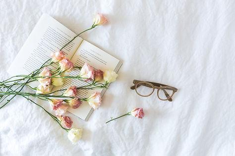 メガネと花