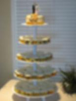 Cupcakes et mini-gâteau mariage