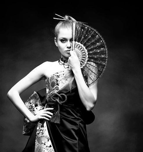 和ドレス デザイナー西川温