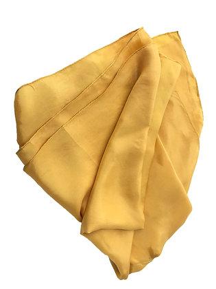 Pañuelo de seda Medidas: 56 x 160 cm aprox.