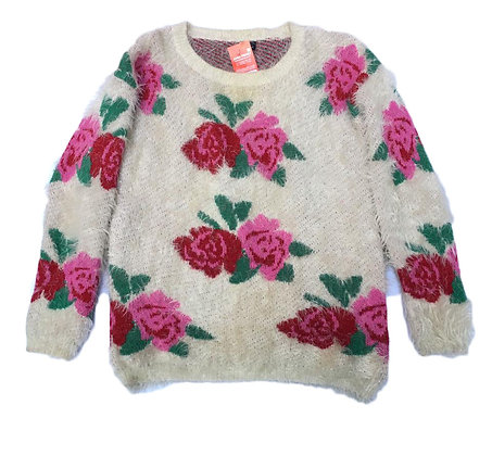 Sweater Talle:  M  peluche con flores
