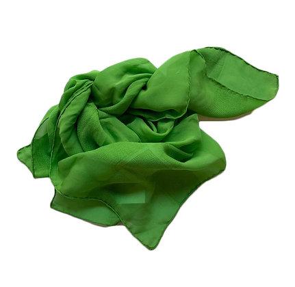 Pañuelo de seda Medidas: 76 x 81 cm