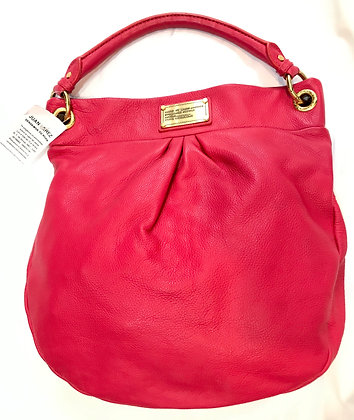 Cartera Marc Jacobs rosa.