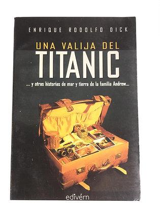 Libro Una valija del Titanic Medidas: 17 cm x 12 cm aprox