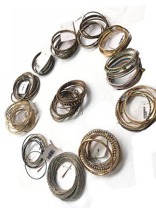 Pack de 12 pulseras de metal Medidas: varios