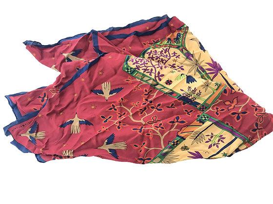 Pañuelo Marja Kurki Medidas: 88 x 87 cm