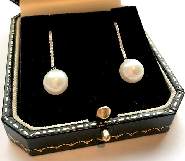 18ct Diamond and Pearl Drop Earrings