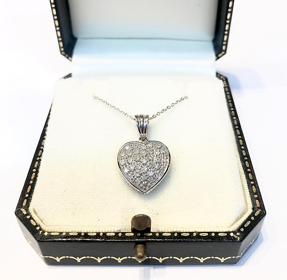 18ct Diamond Heart Pendant