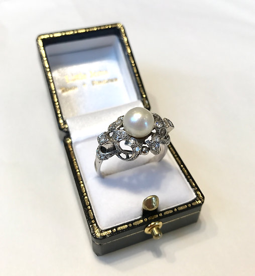 18ct Pearl and Diamond Ring