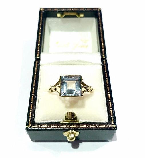 9ct Aquamarine Ring