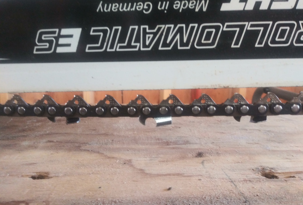 Chainsaw Guide Bar & Chain Tensioning
