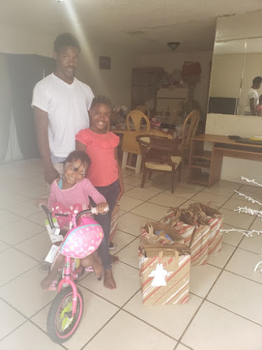 C2C Giving Christmas Dinner and Gift December 2019