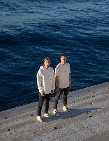 DS_05_2021_Monaco_R4_Clothing_Lifestyle_AngeloLegrand_TinoLegrand_Coast_Ocean_Nature-39.JP
