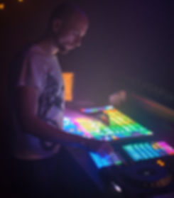Live Techno music from Zurich, Switzerland. Exclusive Interview and Mix with Ander. Brought to you by Smelly Feet Records.