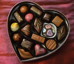 17-pc heart box