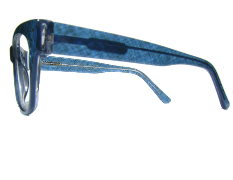 remy blue side