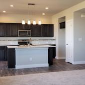 10325 - kitchen.jpg