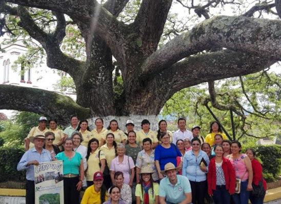 """Women Association """"El Trebol"""" Castillo 3KG"""
