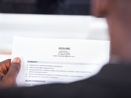 4 things you should never include in your résumé