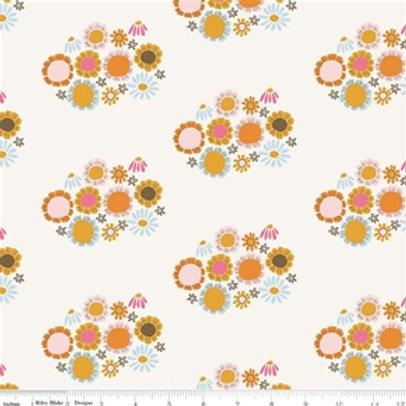 Riley Blake Guinevere - Cream Flowers