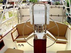 Cockpit Stern (Mobile).JPG