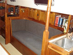 Starboard Saloon (Mobile).JPG