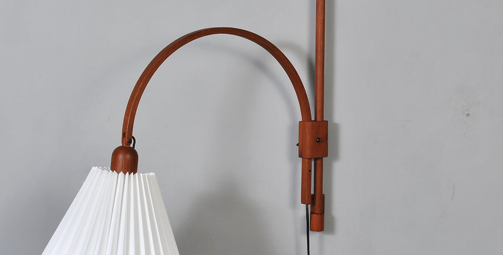 Midcentury Adjustable teak wall lamp by Domus Denmark, 1970s