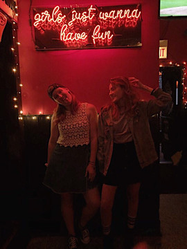 Katie & Julianne at a pop-up at InnJoy Logan Square