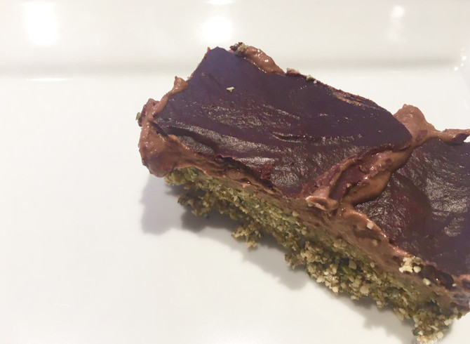 The Distracted Shortbread - Raw, vegan & nut free