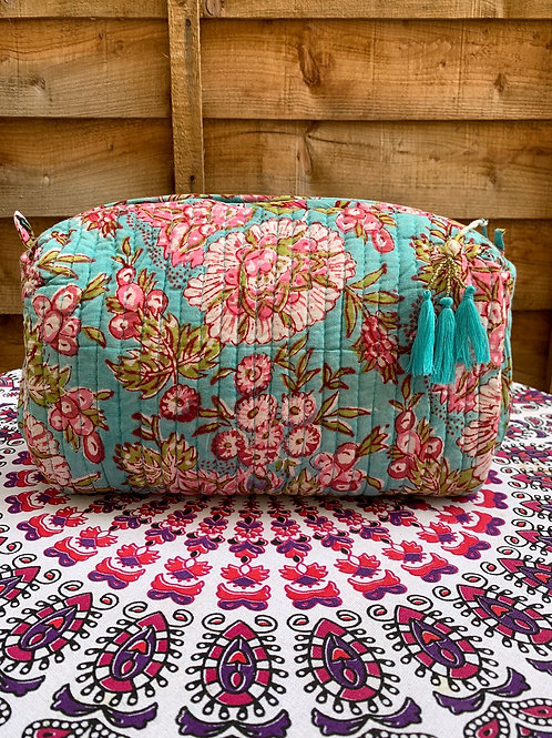 Pichola washbag - Large Floral
