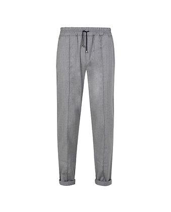 Sporty cut trousers