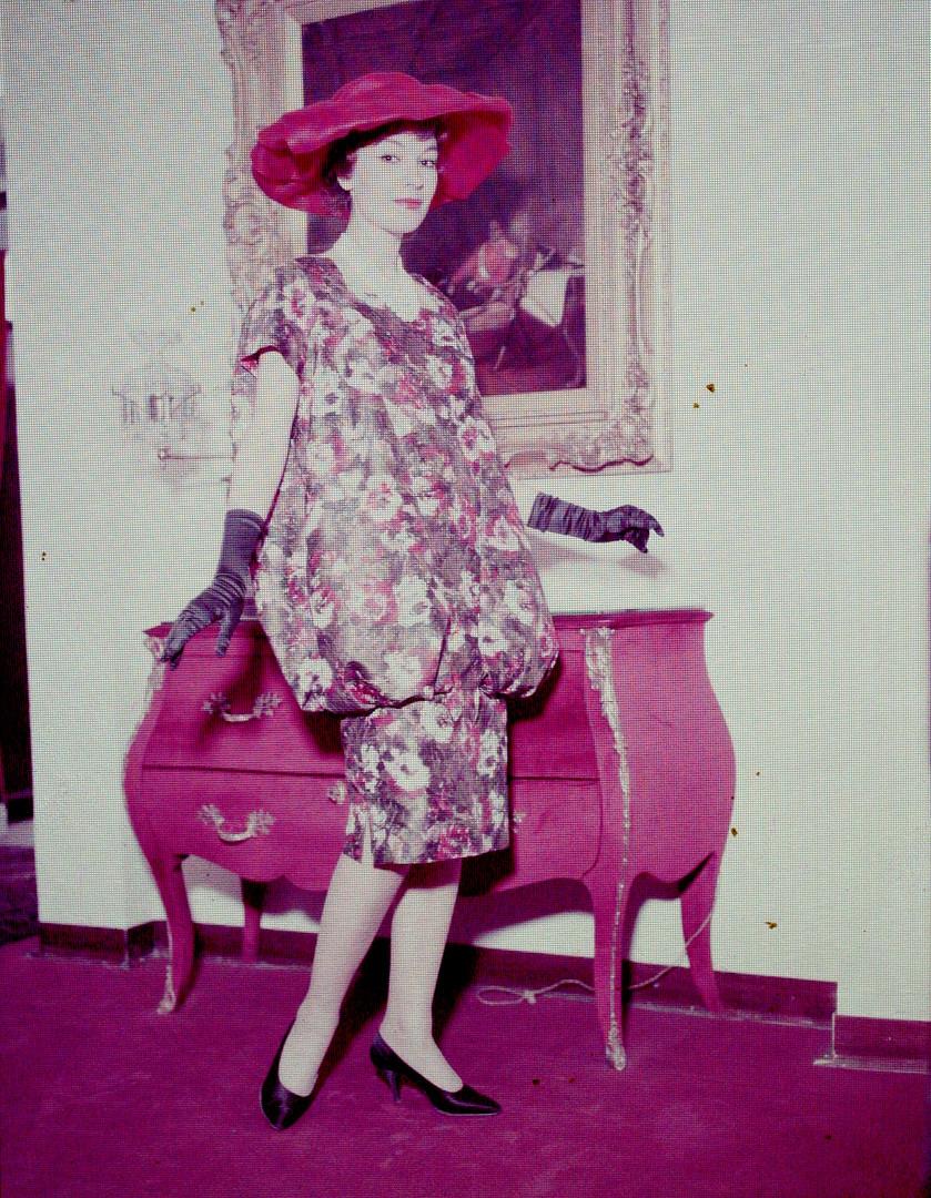 Modelli con Collezione Storm 1958