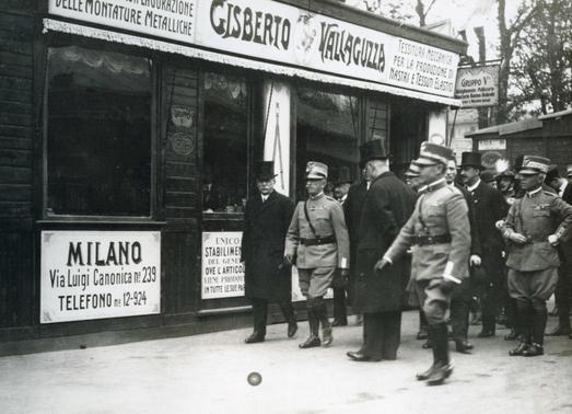 Visita del Re Vittorio Emanuele III alla Fiera Campionaria di Milano del 1922
