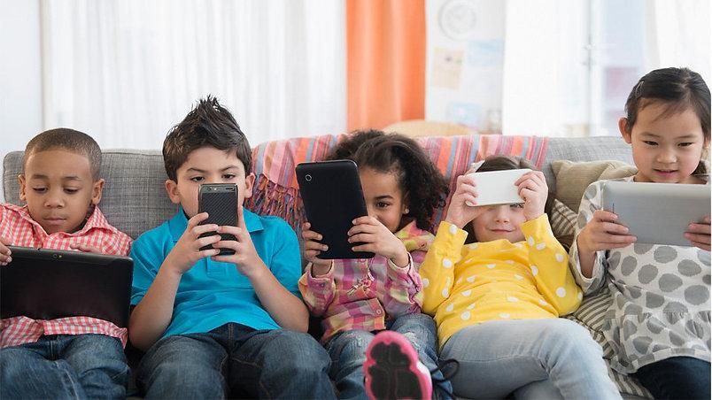 kids-social-media.jpeg